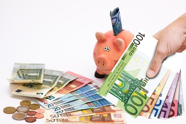 eura a pokladnička.jpg