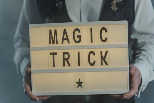 magie nápis